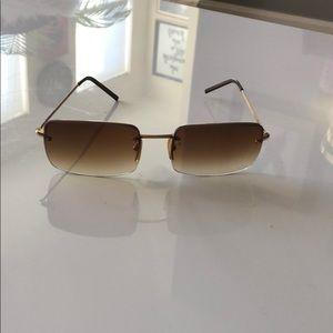 Unisex Gucci sunglasses